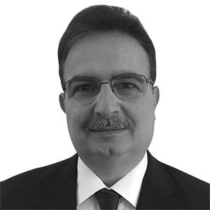 د. فاتح عبد السلام